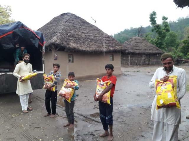 Read more about the article Hemos Llegado a Casi 800 Personas Con Vuestra Ayuda